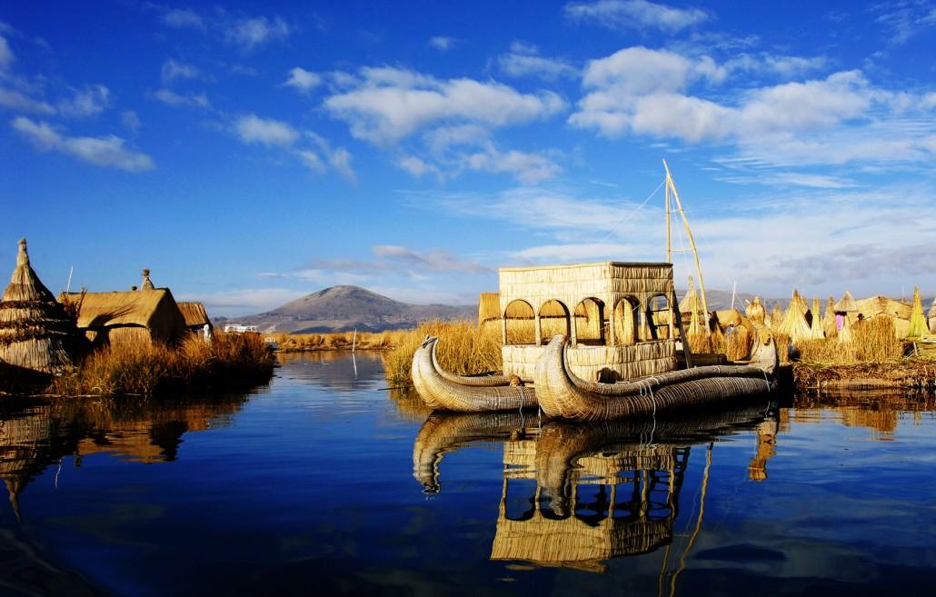 juego-de-sapo-Lake-Titicaca-Puno-Peru-1030x657